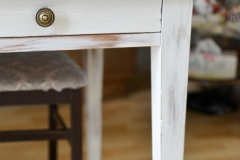 detail table shabby