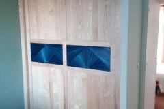 Portes de placard en frêne et marqueterie de paille